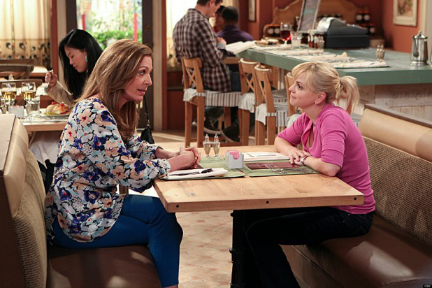 MOM stars Anna Faris (right) as Christy, a newly sober single mom raising two children in a world full of temptations and pitfalls, and Allison Janney as her passive-aggressive, recovering alcoholic mother. 2013 CBS Broadcasting, Inc. All Rights Reserved.