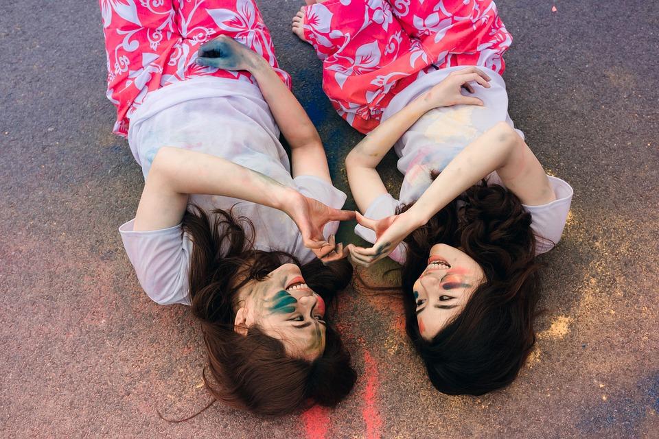 Lying Down Friends Friendship Young Women Smiling