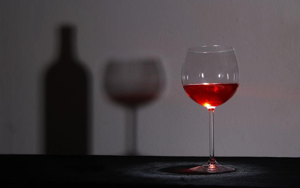 glass-1502835_960_720