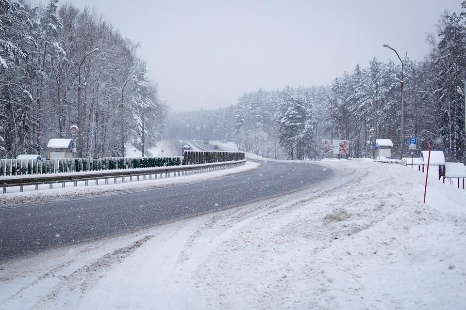 road-2070991_960_720